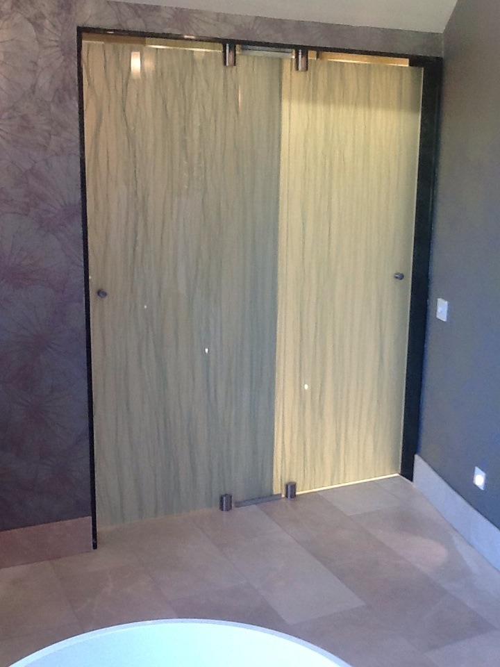 salisbury House lancashire glass bathroom doors