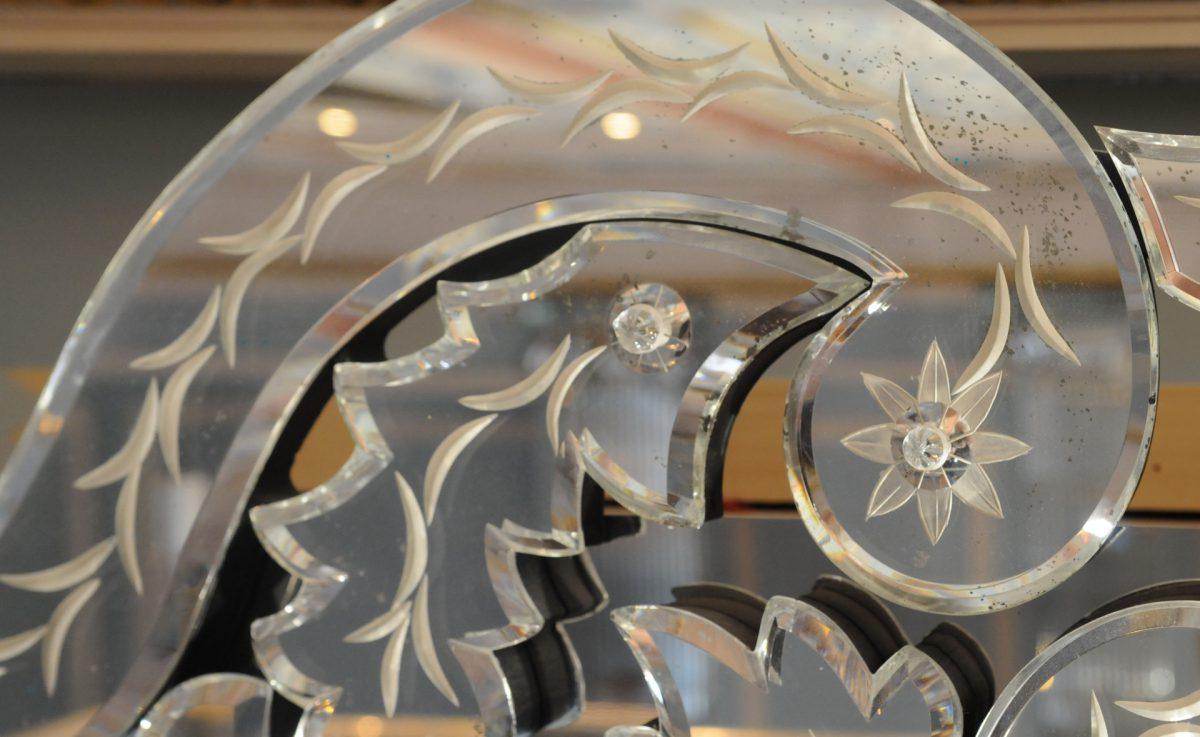 The Lanesborugh Hotel, Pelmet - Daedalian Glass Studios