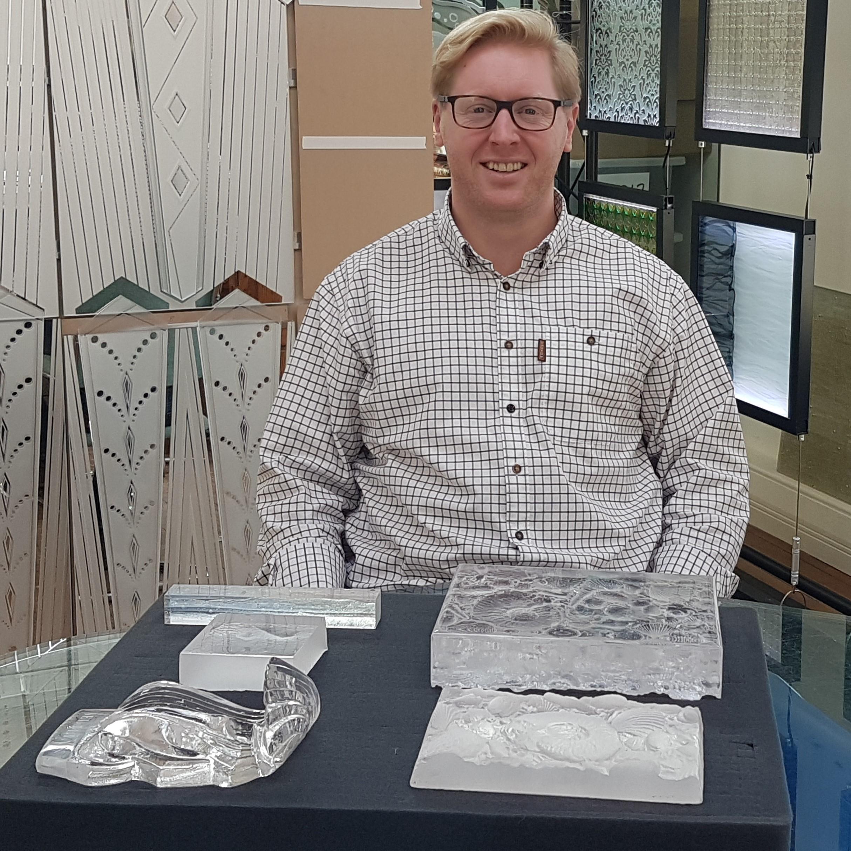Joe Walmsley of Daedalian Glass Studios manaco yacht show 2017