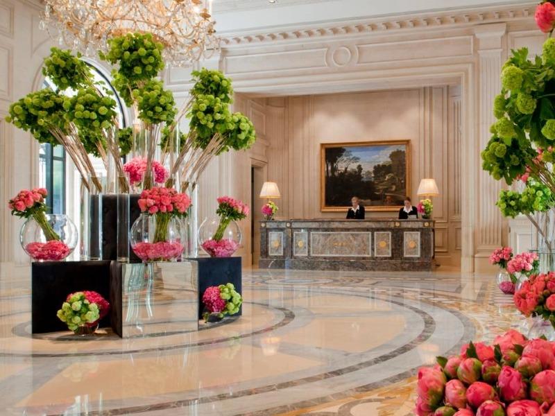 Four Seasons Hotel George V Paris - Lobby