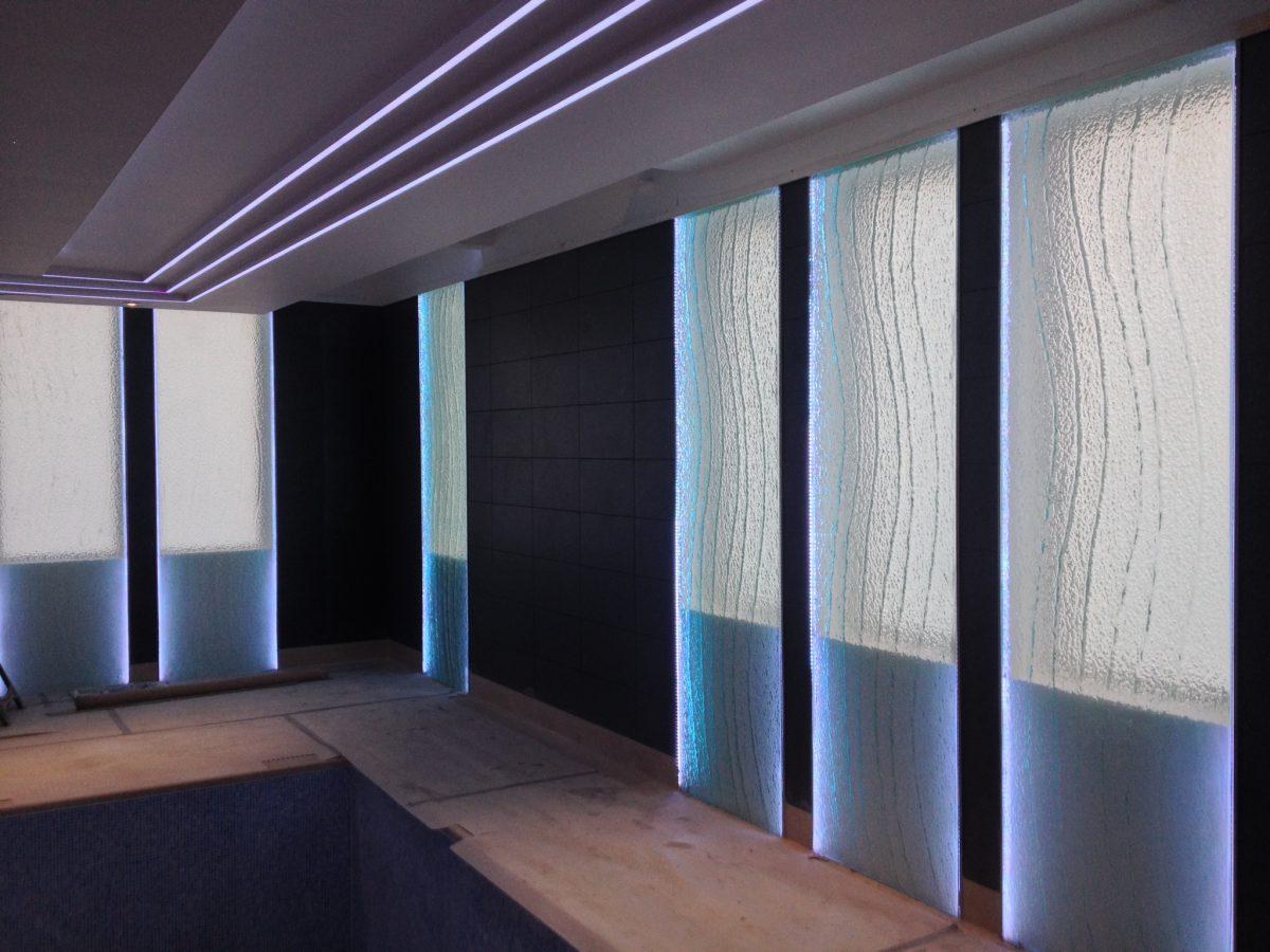 Kilm formed glass panel in Pleasington
